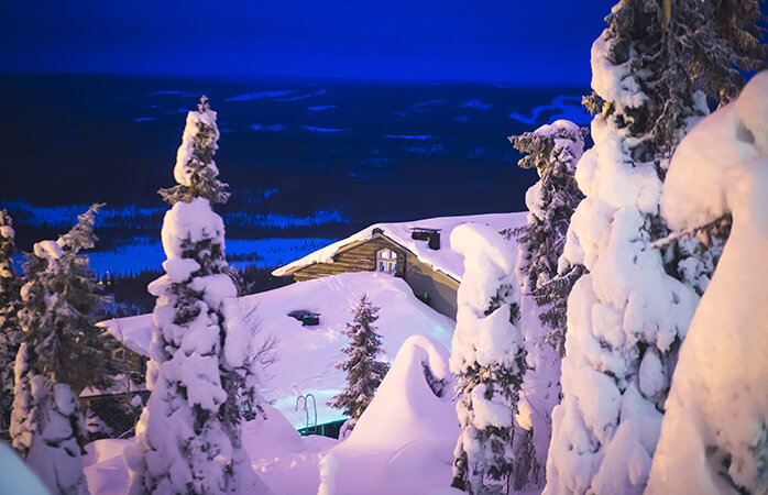 The typical night time scene at the scenic Ylläs ski resort.