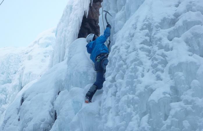 Laurel-F--mountain-climbing