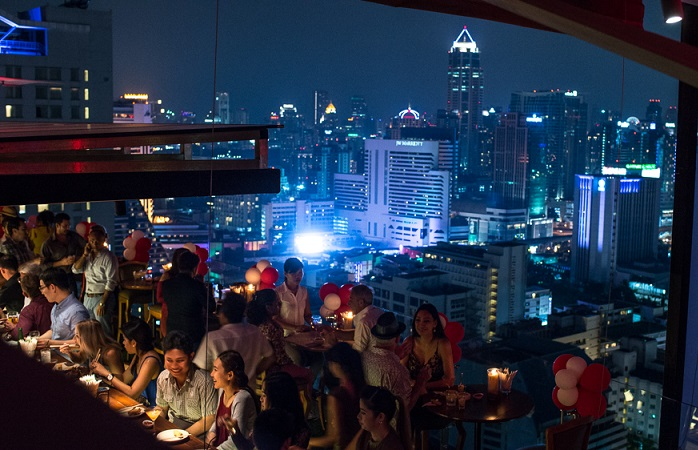 Image of rooftop bar.