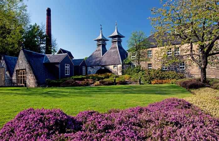 Strathisla-whisky-distillery-whisky-trail-speyside-whisky-scottish-whisky