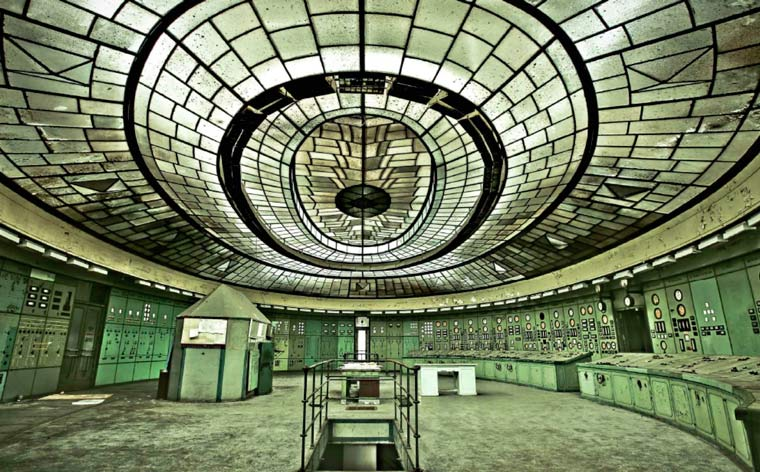 Stay curious: abandoned places around the world