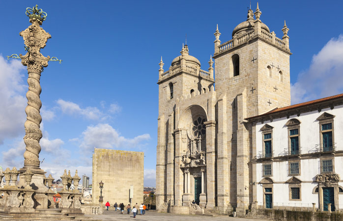 Porto's historical cathedral is one of the city's oldest monuments