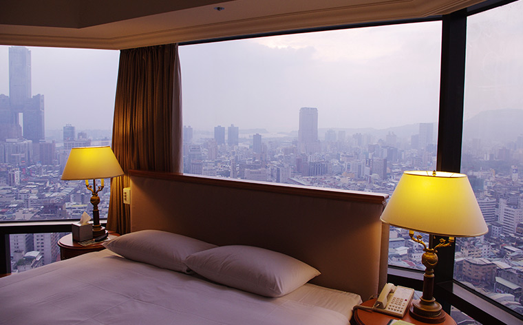 Exclusive insider tips to get the cheapest hotel deals