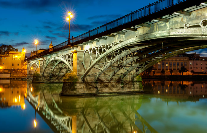 The Isabel II Bridge connects the city to the colourful Triana neighbourhood, home to some nice tapas bars