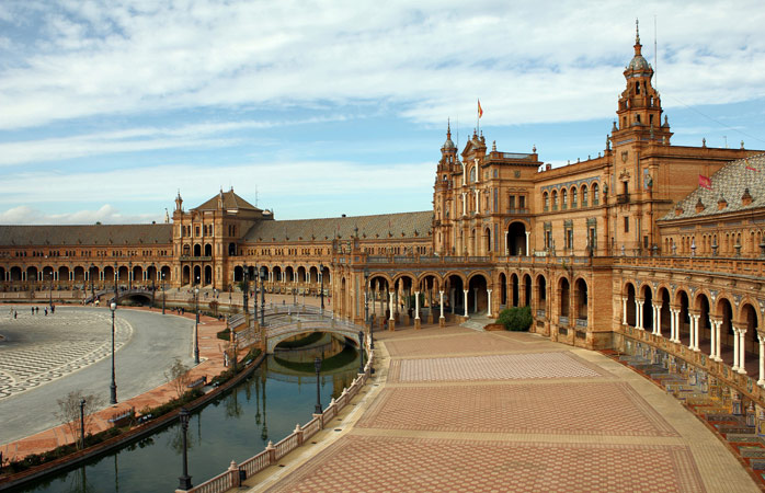 Plaza de España is the size of five football pitches, and one of Seville's most impressive sites