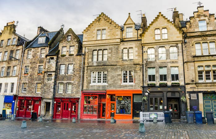 Wander around the colourful buildings of Edinburgh's Grassmarket area